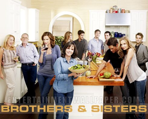 tv_brothers_sisters29