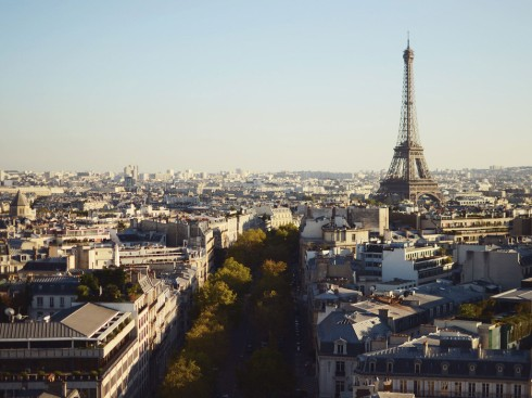 eiffel-tower-views-arc-de-triomphe-paris-france