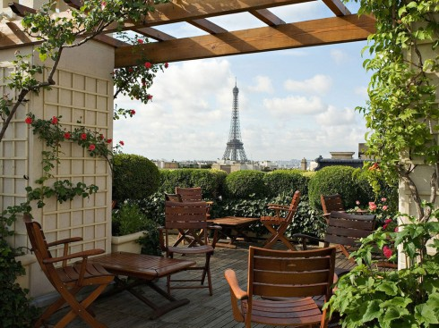 5460f6e635a91eee7e796f06_eiffel-tower-views-hotel-raphael-paris-france