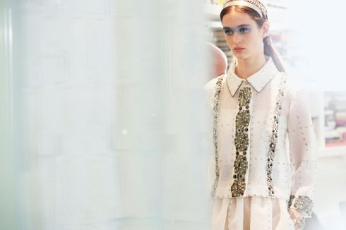 chanel-news-spring-summer-2016-ready-to-wear-backstage-07