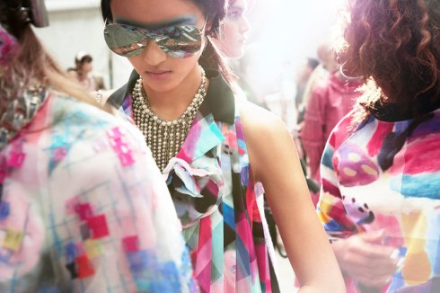 chanel-news-spring-summer-2016-ready-to-wear-backstage-09