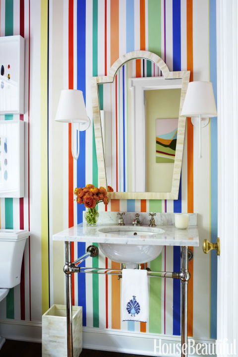 gallery-1447704787-colorful-striped-bathroom